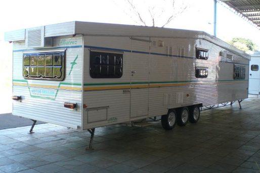 itutrailer-trailer-nacionais-traileralbatroz-foto1
