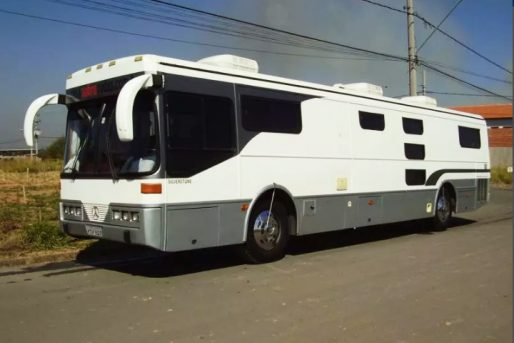 Motor-Home-Itu-Trailer-Marcedes-Benz-O-371-Turbo-01