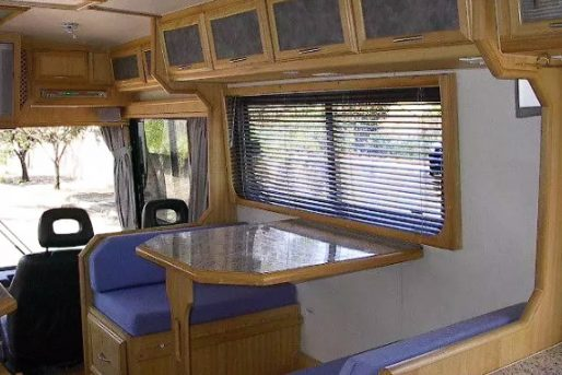 Motor-Home-Itu-Trailer-Marcedes-Benz-O-371-Turbo-11
