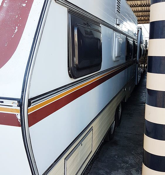 Trailer-Karmann-Ghia-Kc640-1983-Motor-Home-02