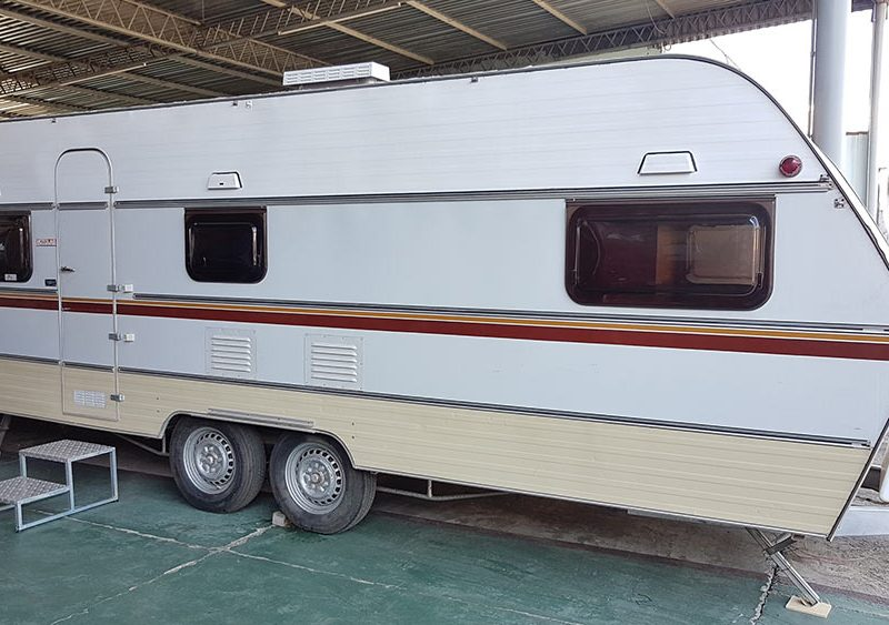 Trailer-Karmann-Ghia-Kc640-1983-Motor-Home-06