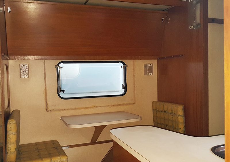 Trailer-Karmann-Ghia-Kc640-1983-Motor-Home-07