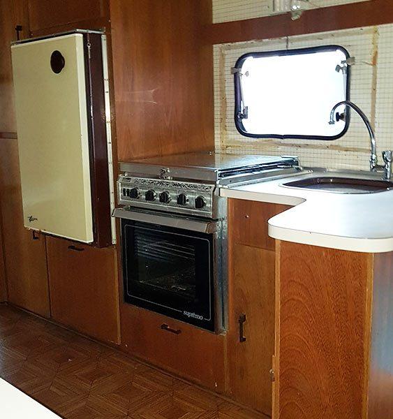 Trailer-Karmann-Ghia-Kc640-1983-Motor-Home-11