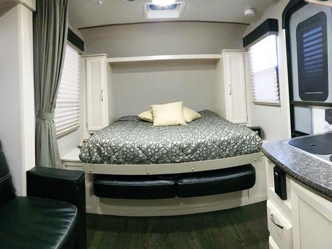 trailer_2106DS-03