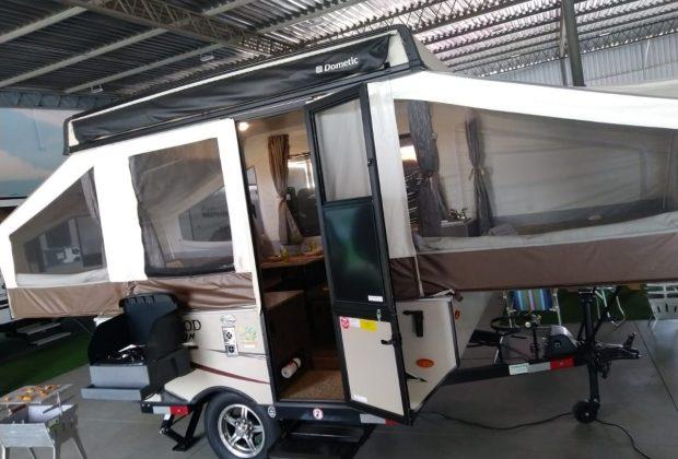 Tent Trailer Palomino T8 18-19-03