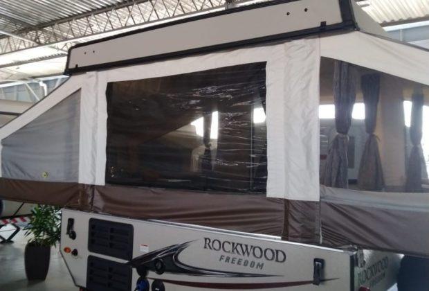 Tent Trailer Palomino T8 18-19-12