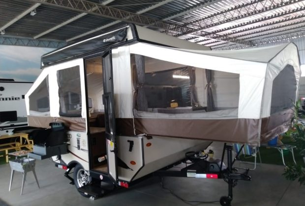 Tent Trailer Palomino T8 18-19-13