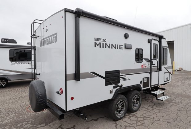 trailer-Winnebago-2106b-06