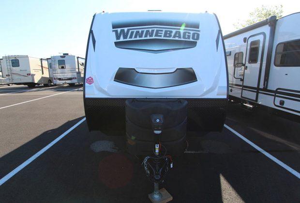 trailer-Winnebago-2106bhs-02
