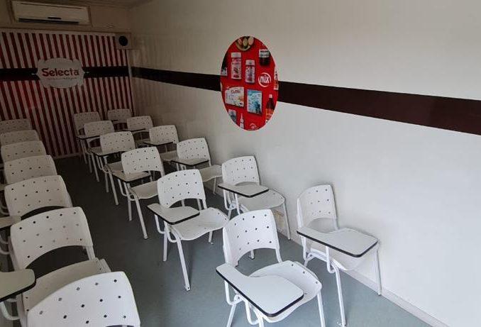 Carreta Stand Escola Treinamento Completa 2012 Unidade Movel-10