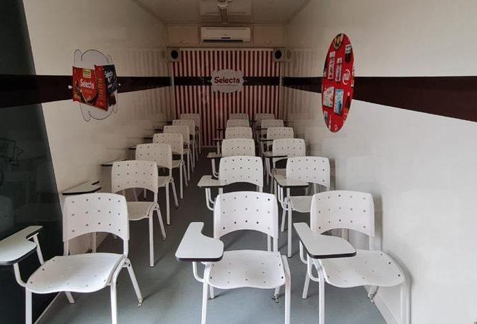 Carreta Stand Escola Treinamento Completa 2012 Unidade Movel-11